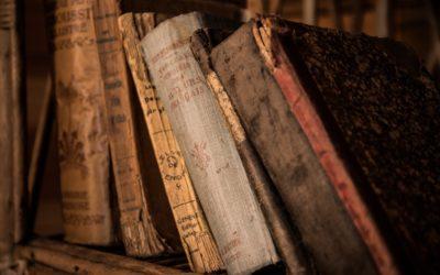 Vecchi libri, carta giapponese e felicità